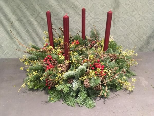 Advent candle arrangement