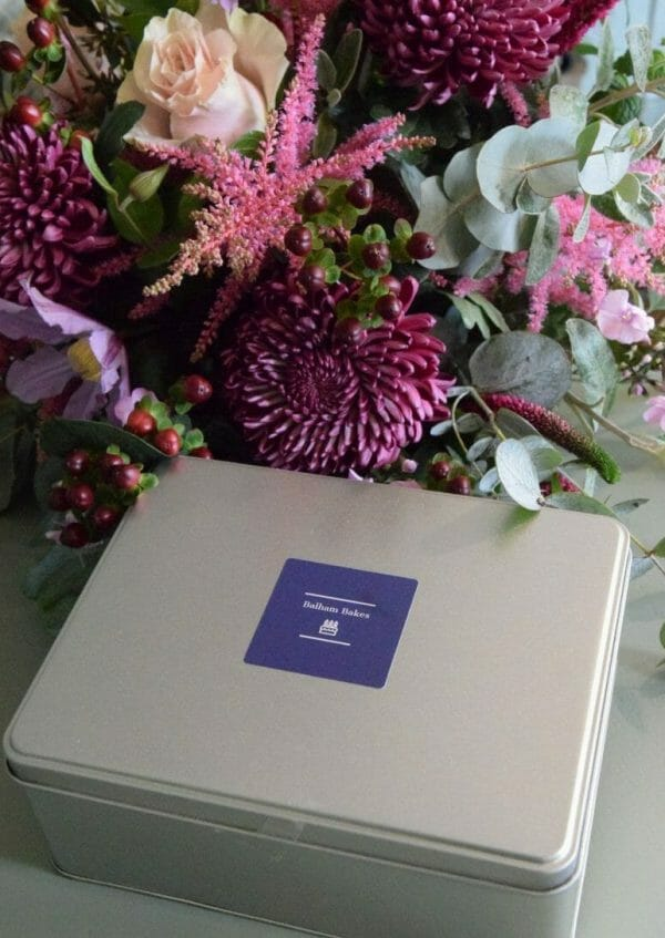 Photo showing a sample of Flowers & Scottish Shortbread Gift Set