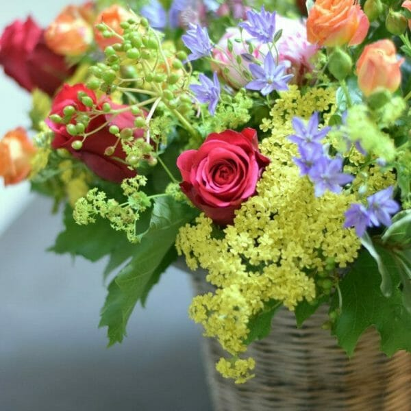 Photo showing a sample of a Bucket of flowers available to order from Kensington flowers London.
