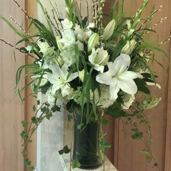 Photo showing a sample of a white, Large vase arrangement avaibale to order from Kensington flowers London