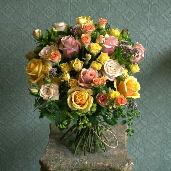 Photo showing a sample of a Mixed Colour Rose Studio Choice Bouquet Kensington flowers, London