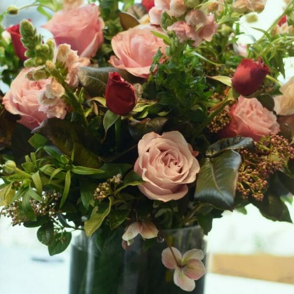 Photo showing a sample of a seasonal rose vase arrangement available to order from Kensington flowers London
