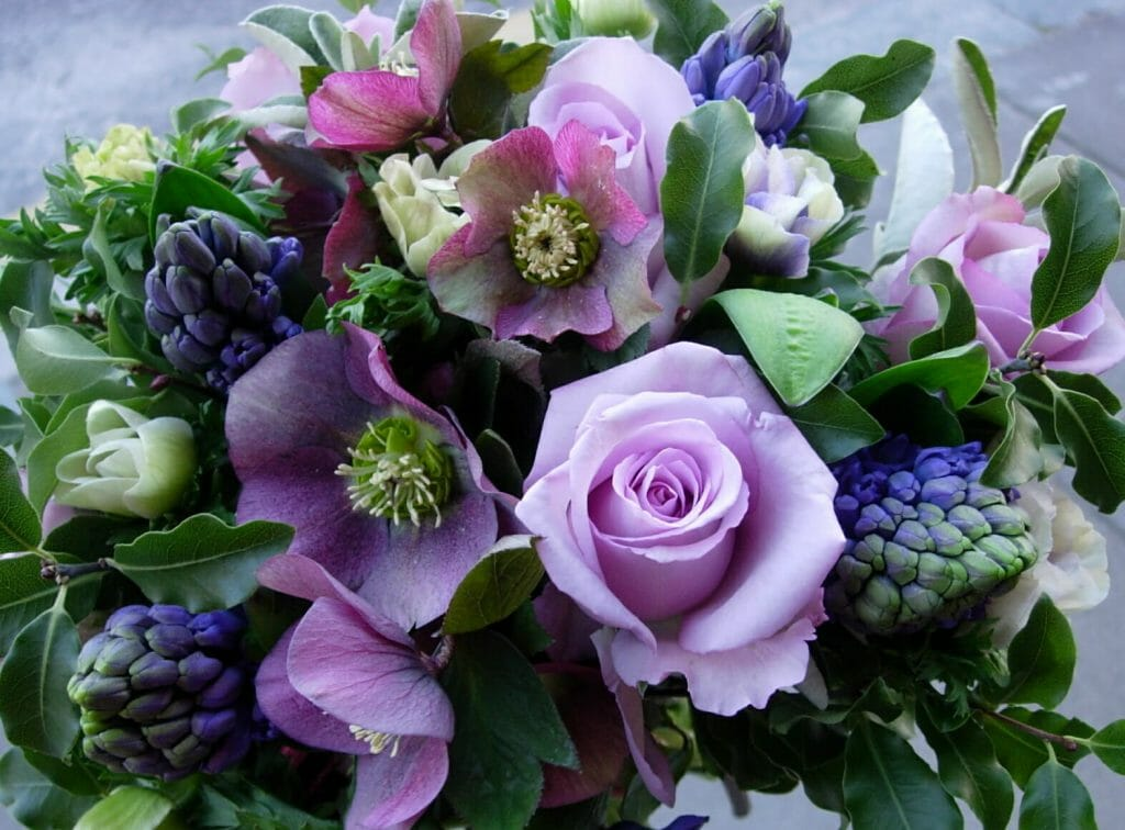 Rose and hellebore bouquet